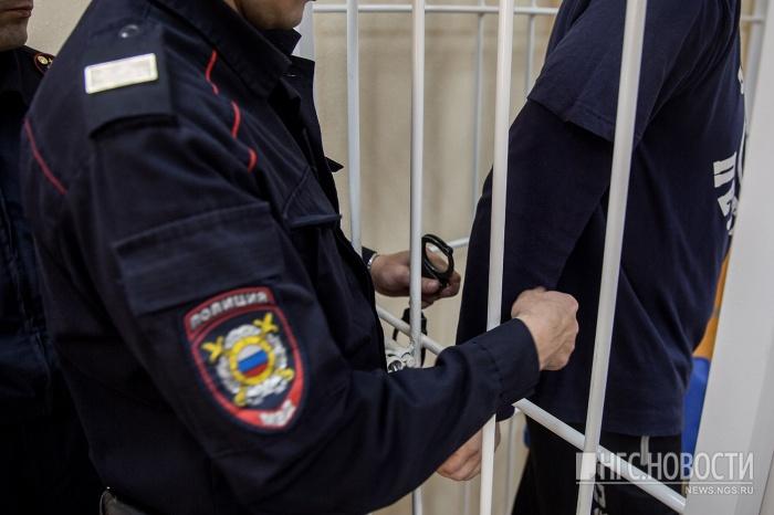 Следователи и полиция выясняют, причастен ли 39-летний новосибирец к аналогичным преступлениям