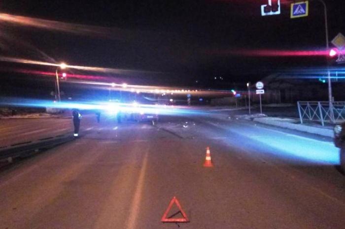«Рено» и «Тойота» столкнулись на перекрёстке Бердского шоссе и Лесосечной